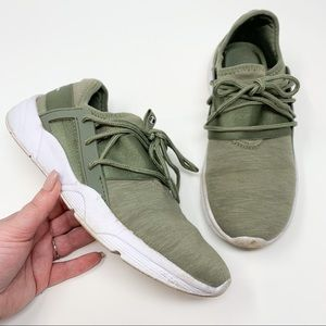 Champion Army Green Athletic Sneakers no tongue